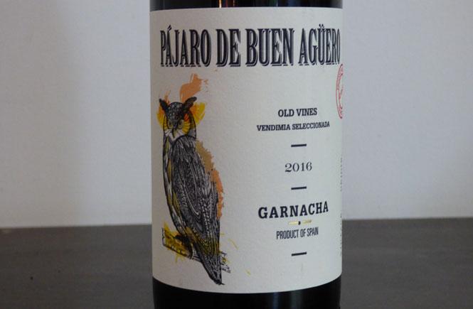 Pajaro-De-Buen-Aguero